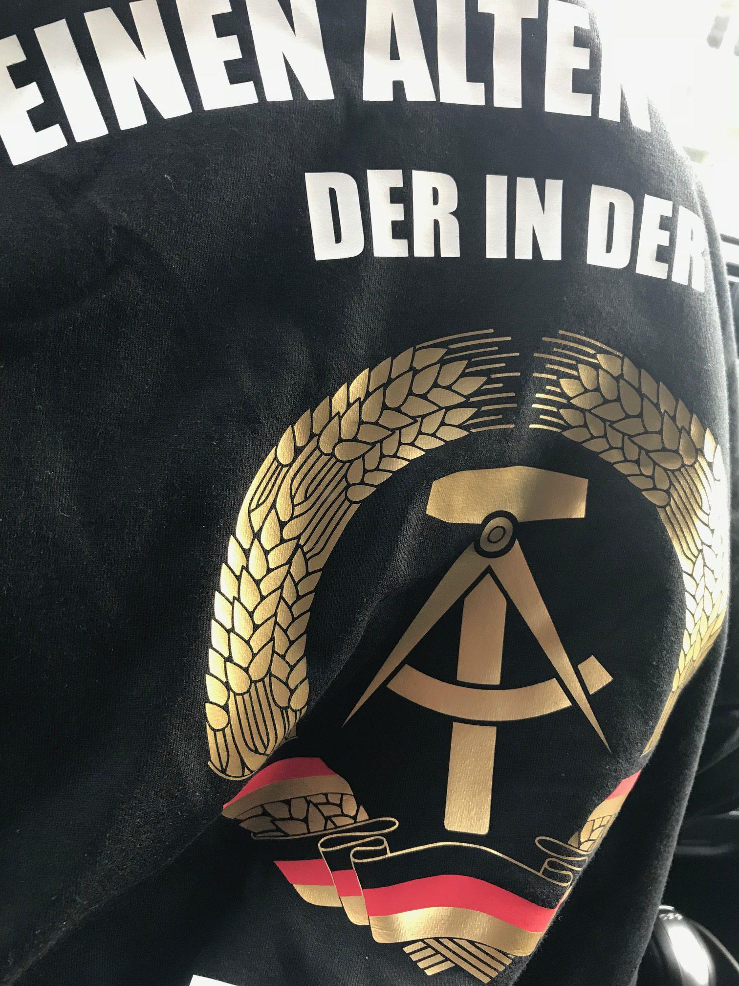 T-shirtdesign DDR textilbeschriftung folierung wiessmann